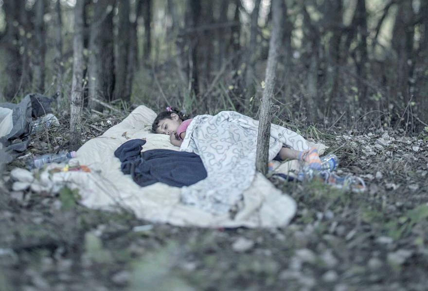 Where children sleep Syrian refugee crisis (10)