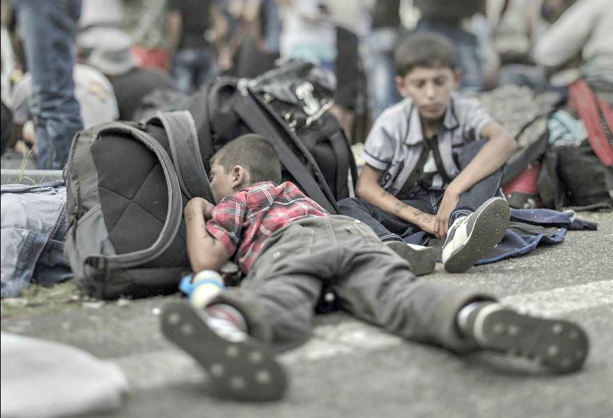 Where children sleep Syrian refugee crisis (11)