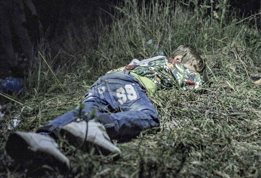 Where children sleep Syrian refugee crisis (2)