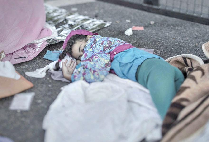 Where children sleep Syrian refugee crisis (9)